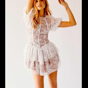 FOR LOVE AND LEMONS 🍋 VERBENA LACE TIERED DRESS